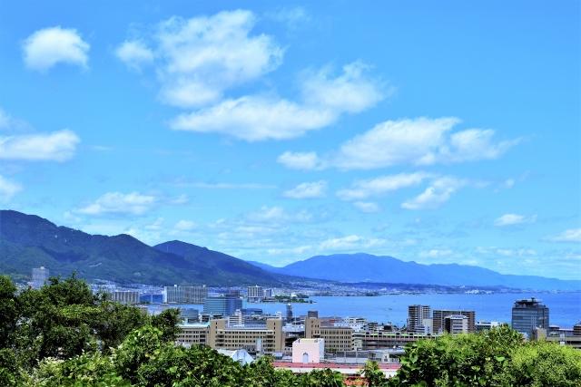 事業所すぐ近くの琵琶湖